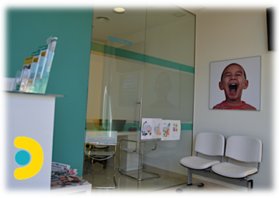 clinica-dental-dos-hermanas-entrada